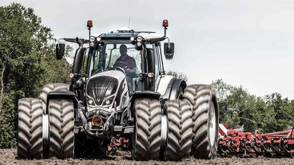 valtra-n4-series-tractor-dual-wheels