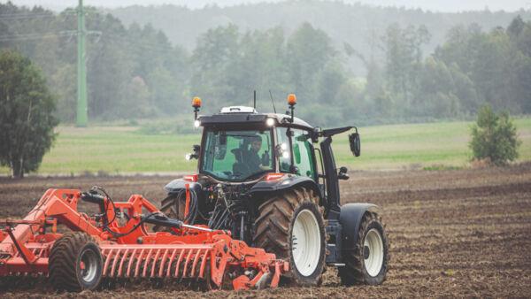 valtra g series tractors
